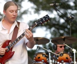 rs-derek-trucks-butch-trucks-02-d7148ee3-6253-46d0-bbce-fccc0bcc25df.jpg